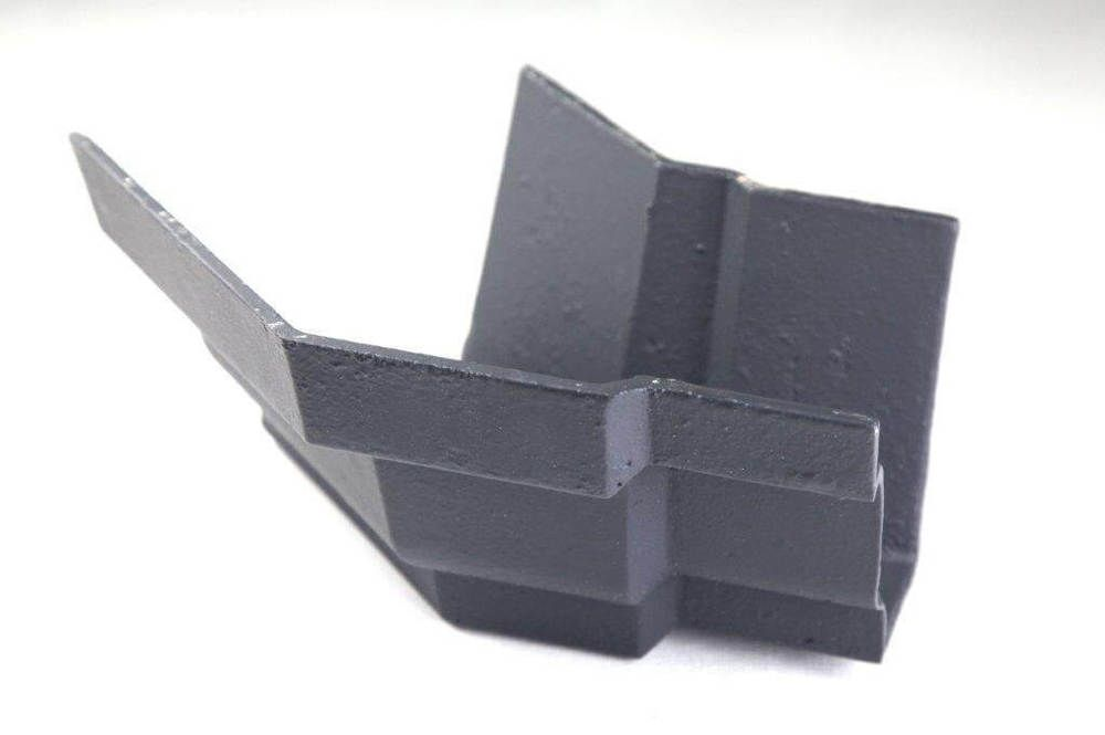 Cast Iron Moulded Ogee Gutter External Angle - 135 Degree x 100mm Primed